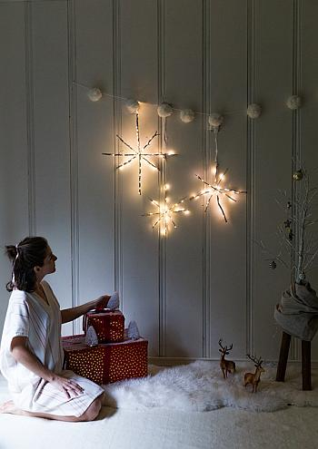 DIY Lighted Stick Snowflakes - Say Yes