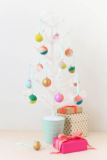 DIY Mod Wooden Ornaments - Say Yes
