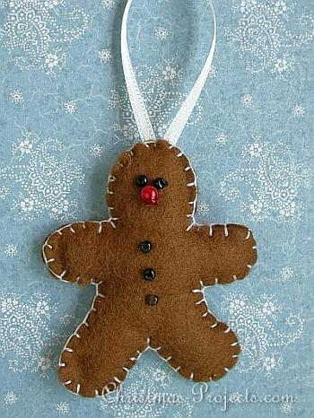 Felt Gingerbread Man Ornament - Christmas Projects