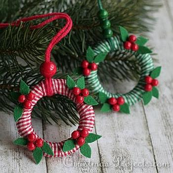 Mini-Wreath Ornaments