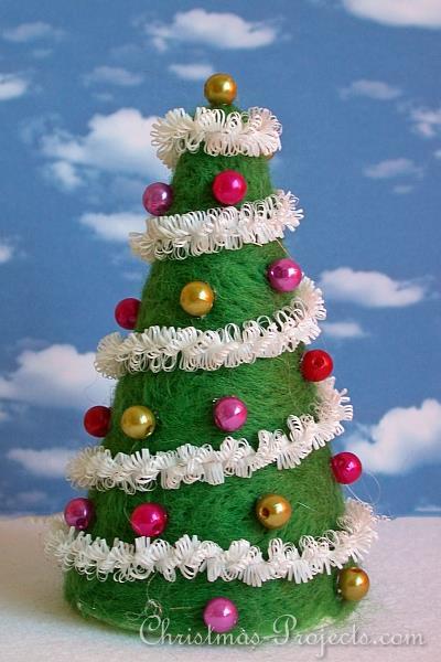 Christmas Craft - Felted Christmas Tree Decoration