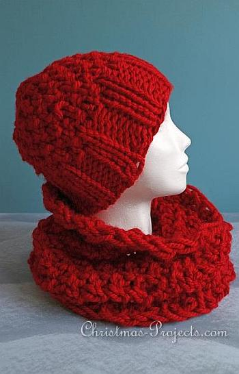 Red Knitted Set With Beanie and Snood - Christmas Projects