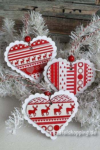 Red and White Christmas Ornaments - Bastelshopping