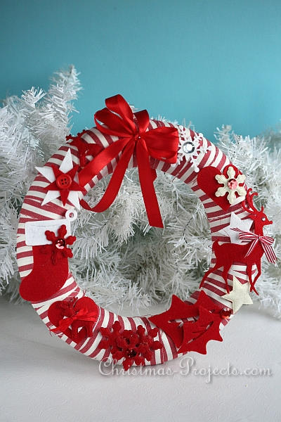 Red and White Christmas Wreath 3