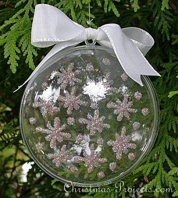 Sparkling Snowflakes Christmas Ornament - Christmas Projects