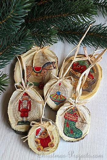 Wood Slice Christmas Tree Ornaments - Christmas Projects